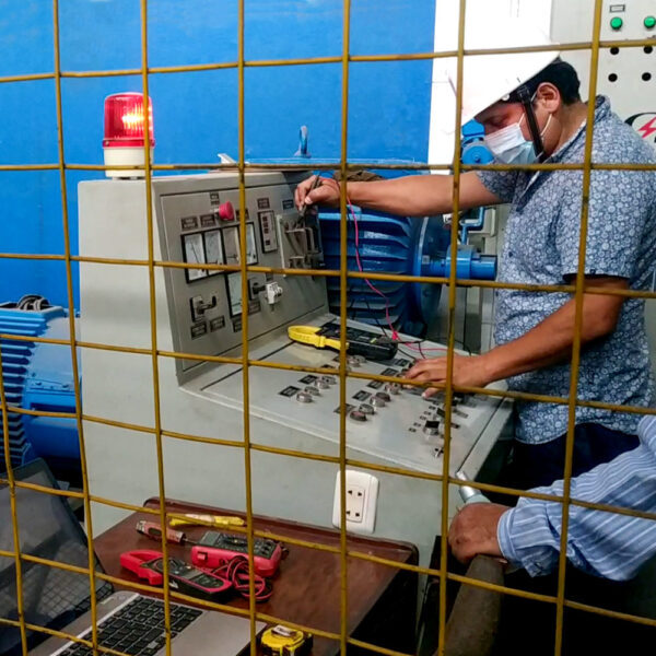Cenrto de pruebas de transformadores omega Electric